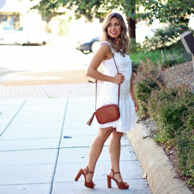 Eyelet Little White Dress & Thursday Moda Link-Up!