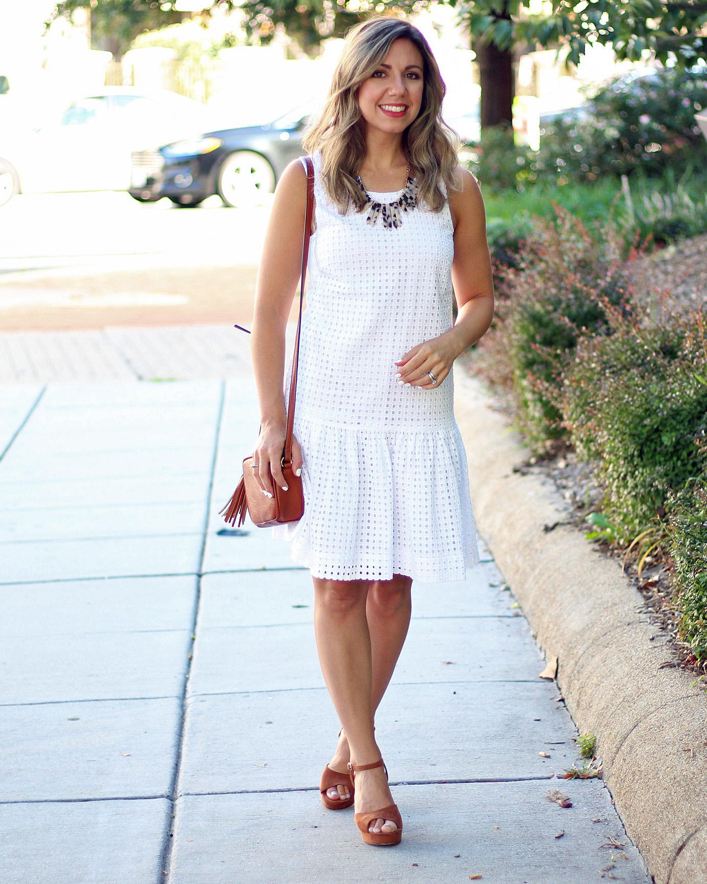 b1a0b99e22b60 Eyelet Little White Dress & Thursday Moda Link-Up! | Glass of Glam