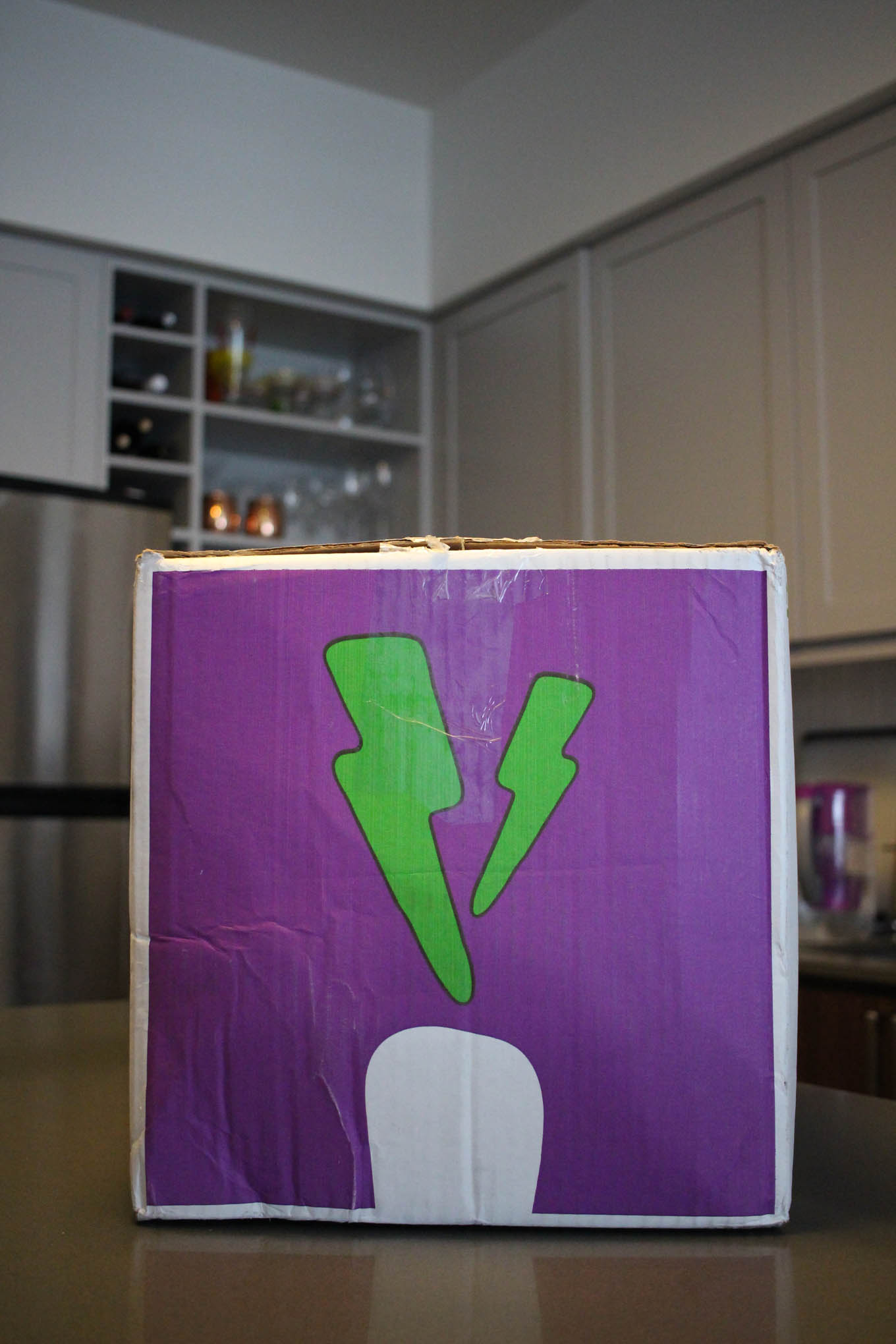 Lifestyle blogger Roxanne of Glass of Glam's review of the Purple Carrot box