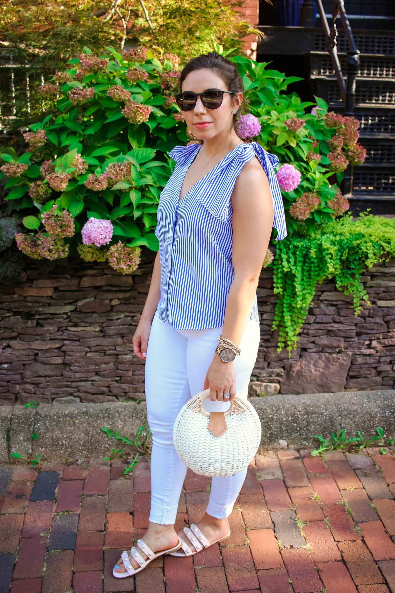 Lifestyleblogger Roxanne of Glass of Glam wearing a striped ASOS shoulder tie top