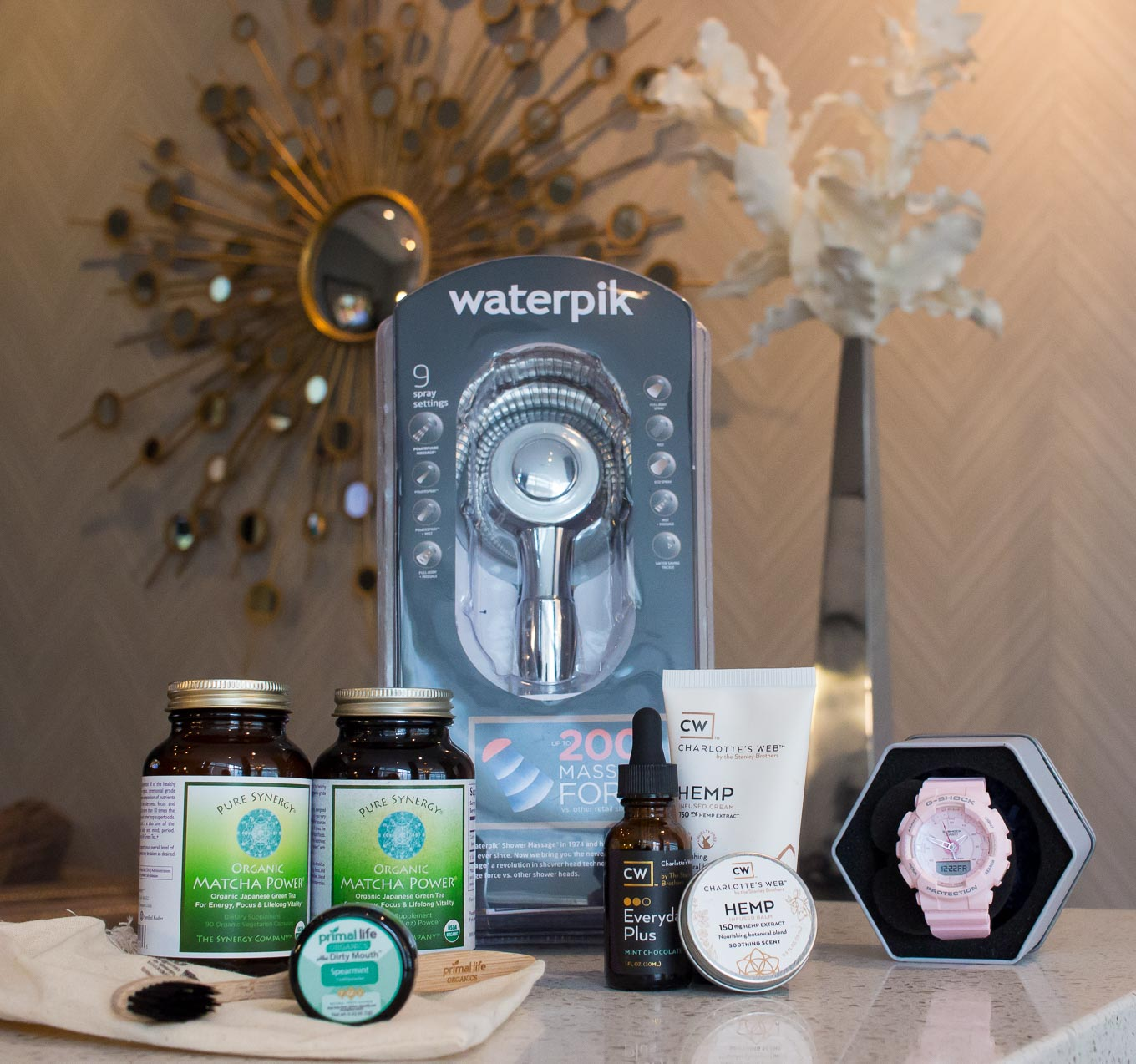 Lifestyle blogger Roxanne of Glass of Glam's review of the Lean Clean Green 2018 Box