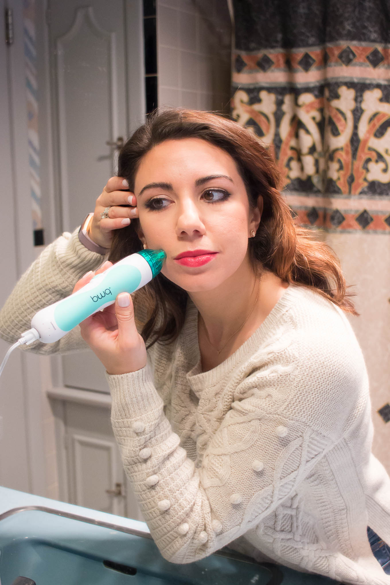 Lifestyle blogger Roxanne of Glass of Glam's review of the PMD Microderm device