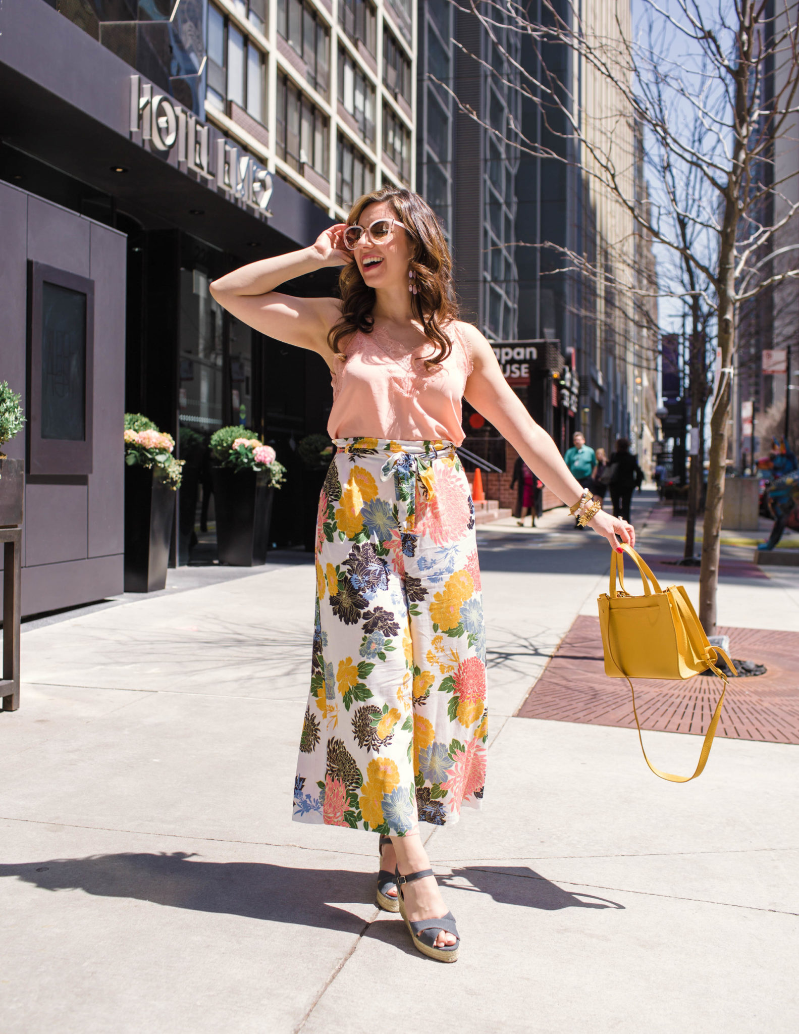 Fancy Culottes Pants to Strut Your Stuff In & On Mondays We Link Up (#64) featured by popular Chicago fashion blogger, Glass of Glam