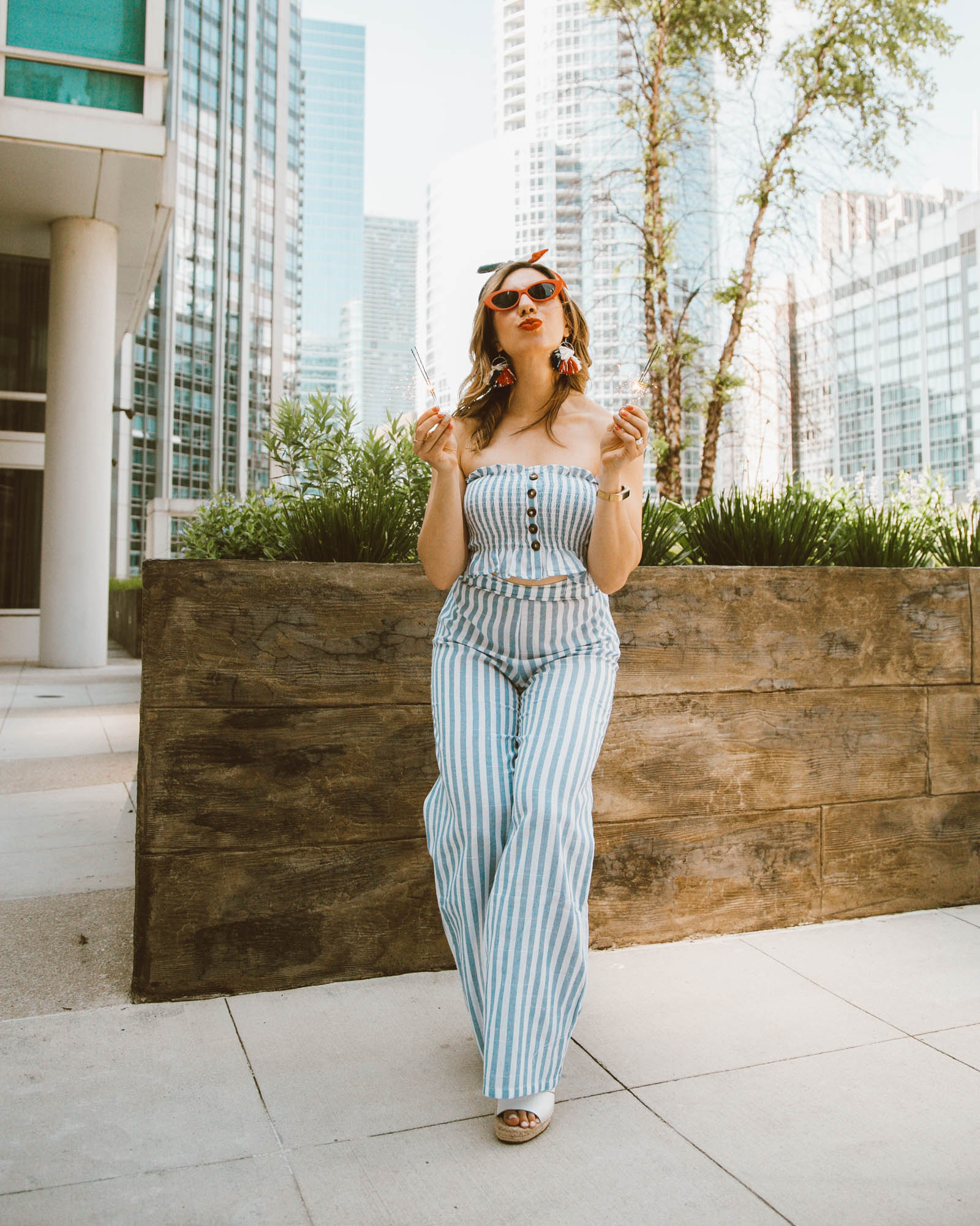 The 5 BEST 4th of July Sales featured by popular Chicago fashion blogger Glass of Glam